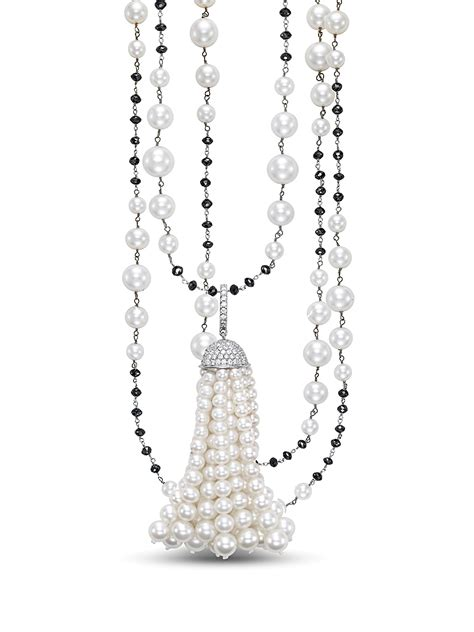 Kalung Square Gem Tassel Necklace add more color to your colored gemstone and jewelry