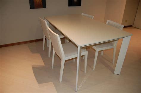 tavolo con sedie moderno tavolo rettangolare moderno tavoli a prezzi scontati