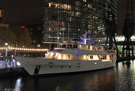 river thames yacht hotel boat accommodation floating hotels in london stay in