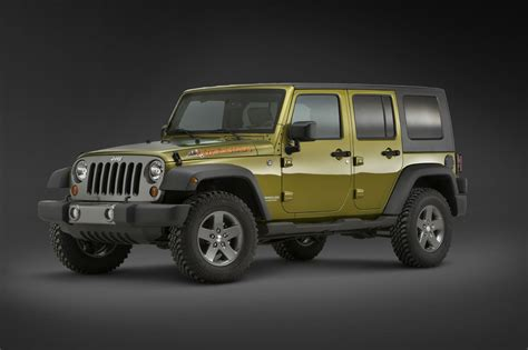 jeep mountain detroit 10 preview jeep unveils new liberty renegade and