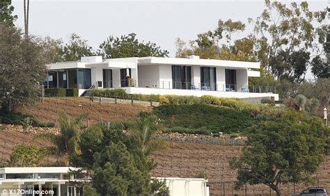 Square House Floor Plan by Jennifer Aniston Splashes Out 21 Million On A Bel Air Pad