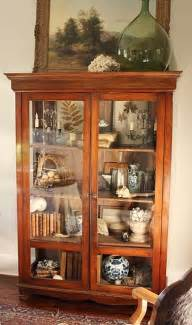 Curio Cabinets How To Build How To Make Your Own Curio Cabinet Woodworking Projects