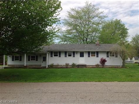 214 circleview dr new middletown oh 44442 realtor 174