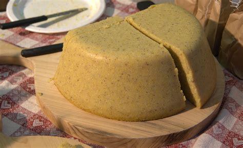 aguglia come si cucina il piatto forte di stagione la polenta
