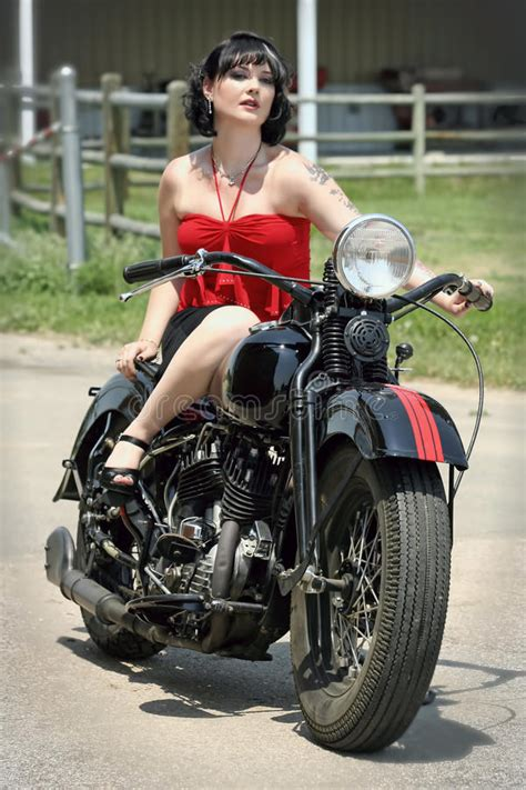Retro Motorrad F R Anf Nger by Pinup Woman And Motorcycle Royalty Free Stock Photography