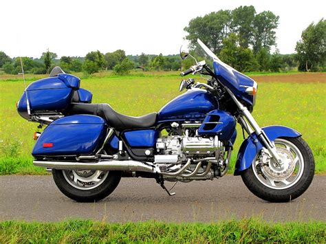 honda valkyrie interstate honda valkyrie interstate 1999 blau metallic neu lackiert