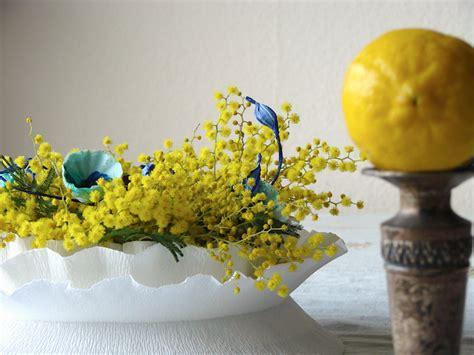 vasi di cartapesta matrimonio green vaso di carta crespa con mimosa e fiori