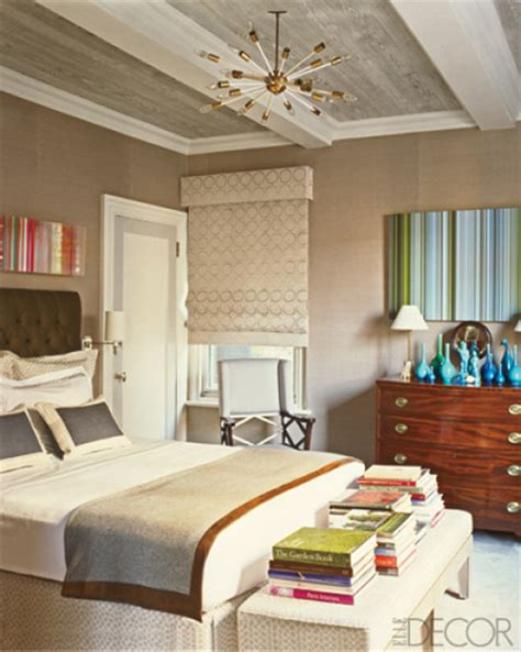 elle decor bedroom design under the influence the sputnik chandelier la