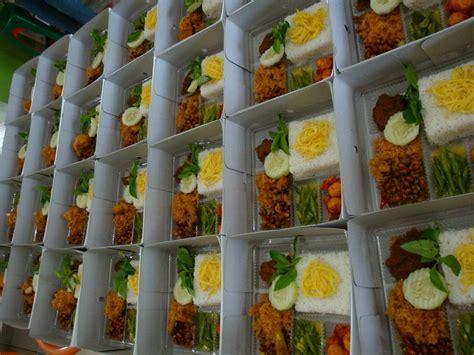 selera restaurant  catering nasi keraton box