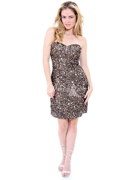 Sparkly Dresses – Makeup Tips for The Fashionistas – Carey ... Hipster Girl Clothes
