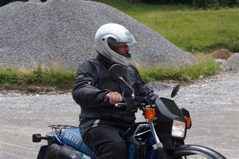 Motorrad Fahrschule Schutzkleidung by Motorrad Grundkurs Fahrschule Ernst B 252 Rgler