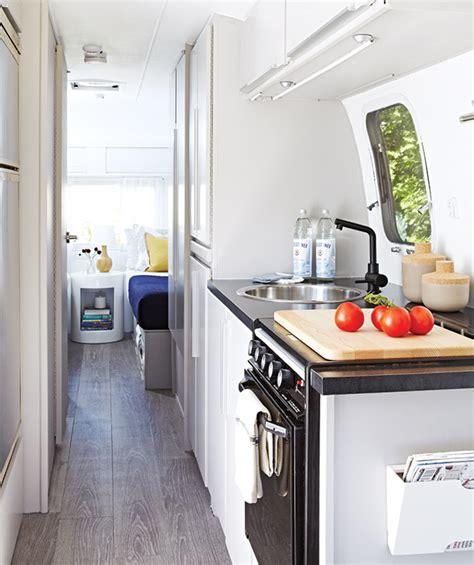 transformation cuisine photos caravane airstream et cing styl 233 maison et