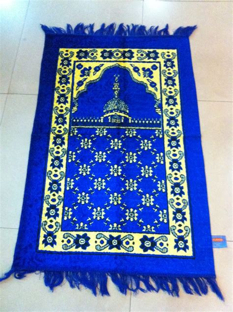 How To Make A Prayer Rug by Prayer Mats Mosque Carpets Installation In Dubai
