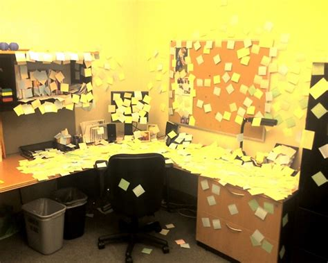 Post Picture Desk by Post It On Desk Sethskim