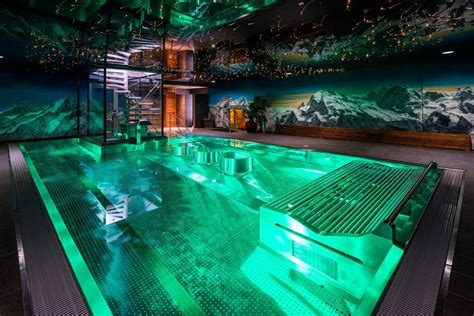 indoor schwimmbad indoor pool spa silvana mountain hotel furi zermatt