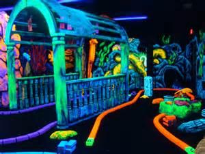 blacklight mini golf blacklight artwork and 3d attraction