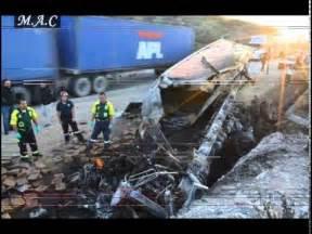 imagenes fuertes accidentes mortales accidentes de traileros imagenes fuertes youtube