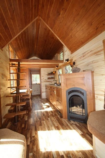 tiny house fireplace 1000 ideas about small rustic kitchens on pinterest