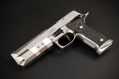 5 best handgun makers on the planet sig glock and ruger