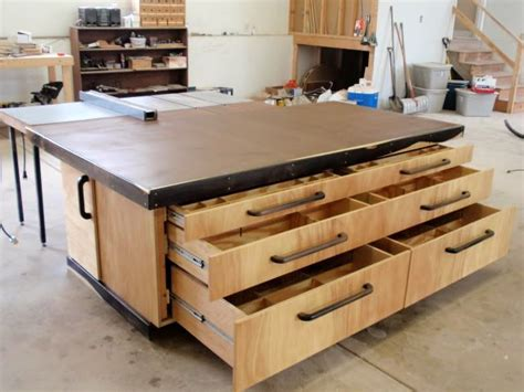 outfeed assembly table by thepps lumberjocks