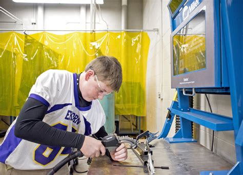 Janesville Gazette Records Welding Industrial Careers To Education The Daily Reporter Wi Construction