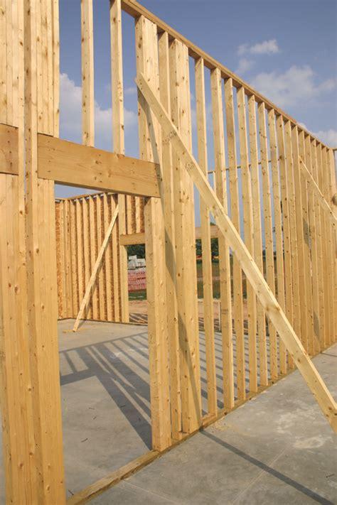 wind  gravity design  tall walls  wood buildings