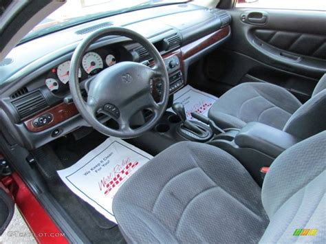 Dodge Stratus Interior by Sandstone Interior 2002 Dodge Stratus Se Sedan Photo