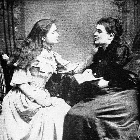 biography of helen keller in gujarati language helen keller with her teacher anne sullivan thinglink