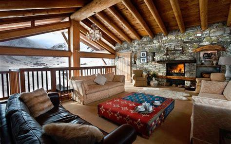 ski chalet   floors  cozy rooms  panoramic