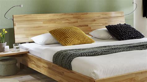 elegantes doppelbett aus massiver buche lesina i betten de - Bett Kopfteil Beleuchtung