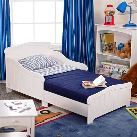 beds for little boys simple yet fun toddler boy bedroom ideas