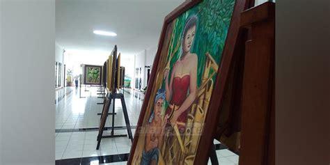 Cat Sepatu Kanvas Malang 40 perupa seni pameran di gedung dprd kabupaten malang
