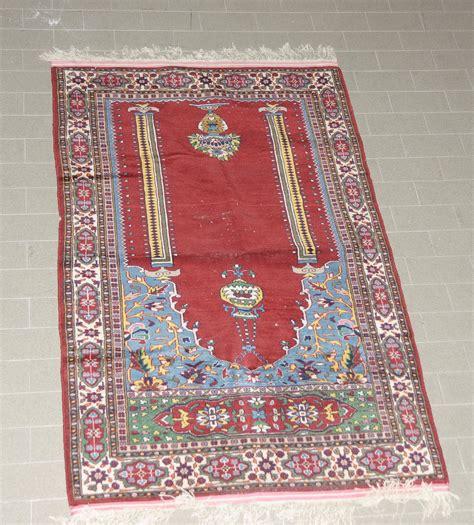 tappeto preghiera tappeto a preghiera xx secolo asta a tempo 1 2015