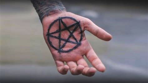 pentagon tattoo pentagram meanings ideas