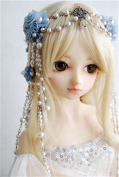 wallpaper barbie cantik boneka 1000 more beautifull than barbie weird news