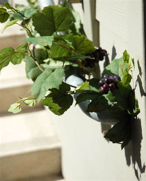 6' Artificial Grape Garland with Grapes