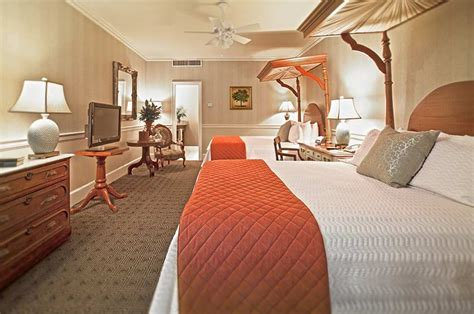 2 bedroom suites new orleans french quarter 2 bedroom suites in new orleans embassy suites by hilton