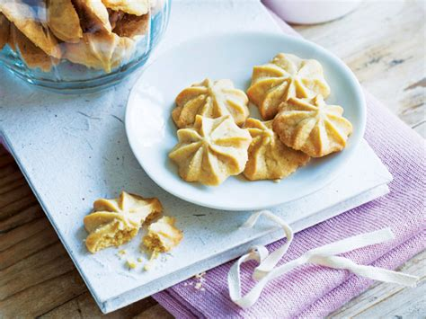 Monasari Butter Cookies With Syrup maple syrup butter cookies the singapore s weekly