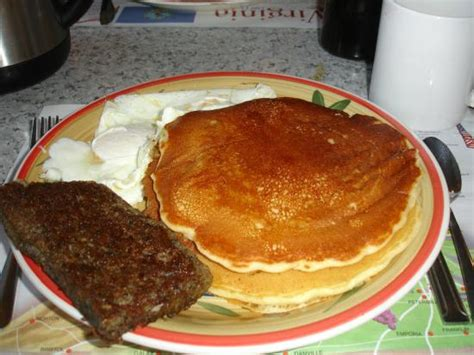waffle house williamsburg road scrapple eggs and pancakes bild von southern pancake and waffle house williamsburg