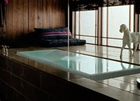 infinity edge tub from kohler bath designed to overflow