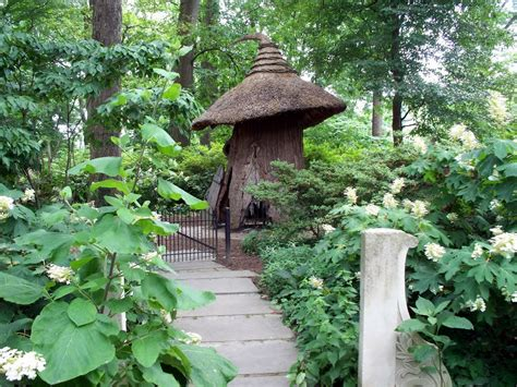 winterthur house panoramio photo of tulip tree house in winterthur enchanted woods garden
