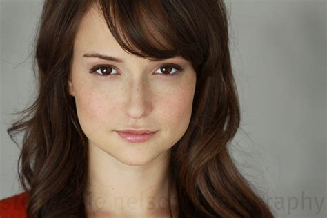 hot pictures of the att girl milana vayntrub aka the hot girl in the at t supervisor