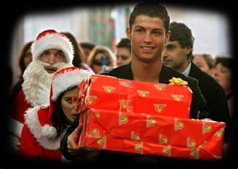 cristiano ronaldo merry christmas  happy  year   madridistas