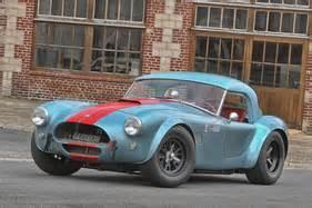 Cobra Auto Wert by Oldtimer News Artcurial Mit Besonderen Autos An Der