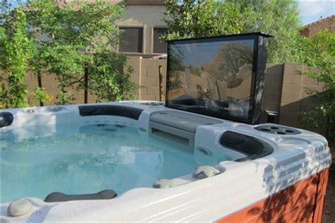 Big Kahuna TV Hot Tub Spa