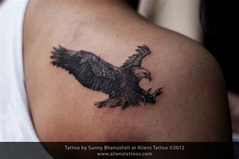 small eagle tattoos the 25 best small eagle ideas on bird