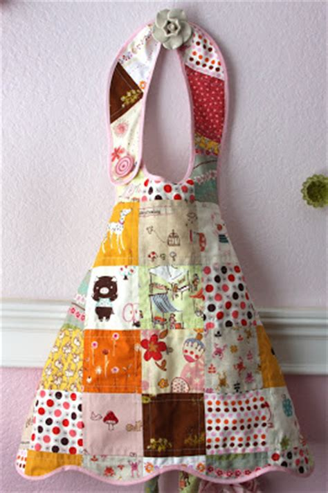 Patchwork Apron Pattern - izzy inspired patchwork apron