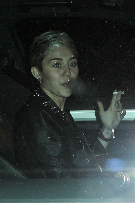 pics miley cyrus smoking � nervous about liam hemsworth