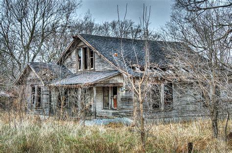 House Plans Farmhouse abandoned farmhouse photograph by lisa moore