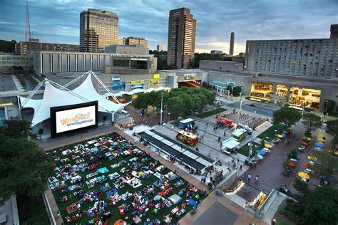 weekender event  crown center kansas city